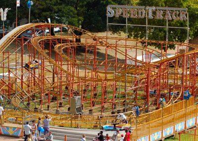 Carnival Kingdom speed track ride
